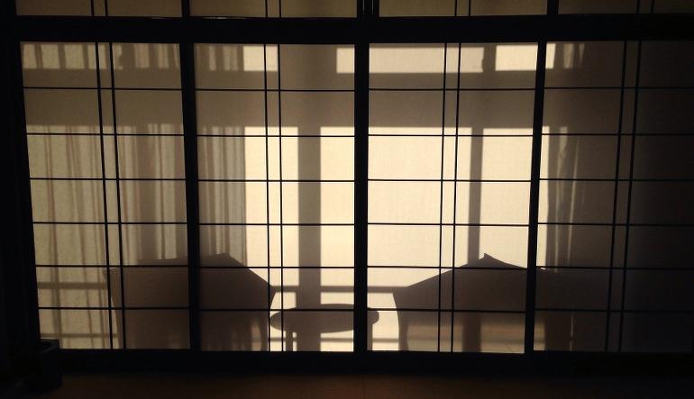 Shoji, les panneaux coulissants typiquement japonais